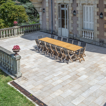 CHATEAUX CLEMENT : TERRASSE